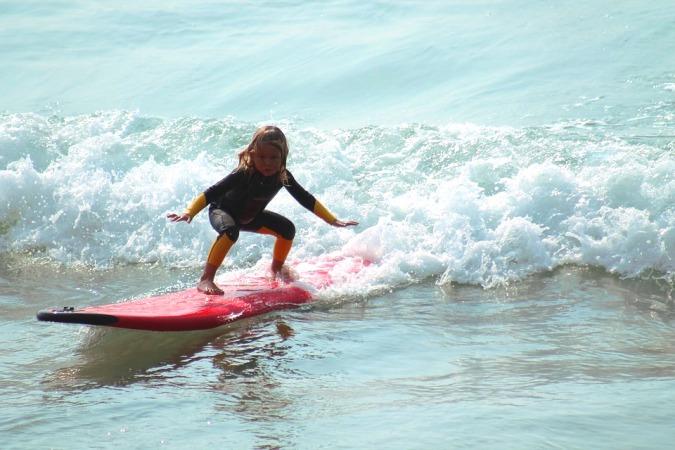 campamentos de surf - beneficios para los niños