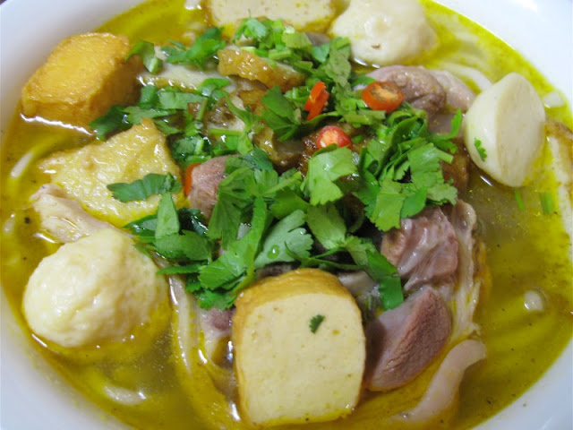 Foodies, Vietnam is definitely a place that you must travel at least once in life 4