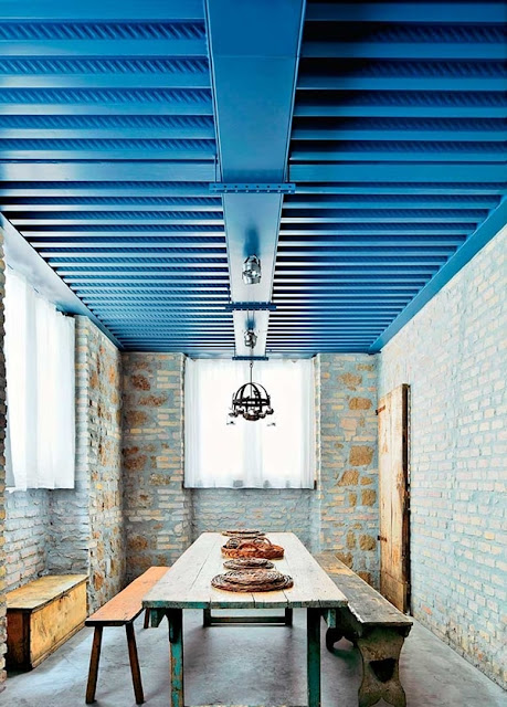 Interesting Ideas To Decorate Ceilings 1