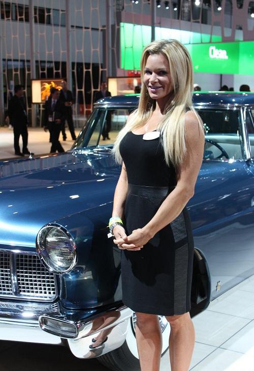 2012 Los Angeles Auto Show Girls Carsfresh