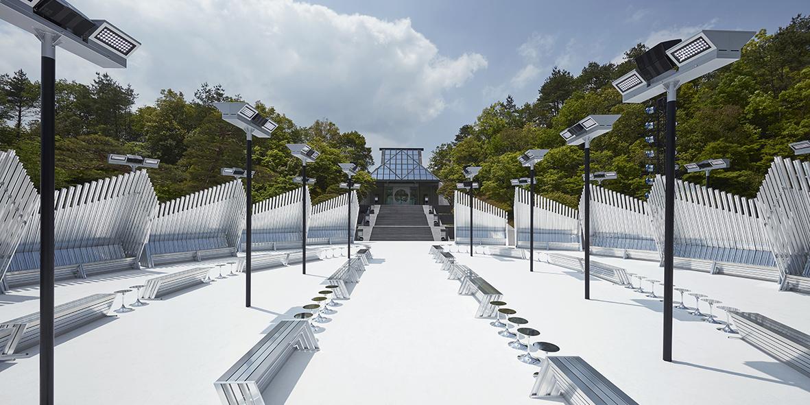 louis vuitton defile croisiere japon musee miho nicolas ghesquiere