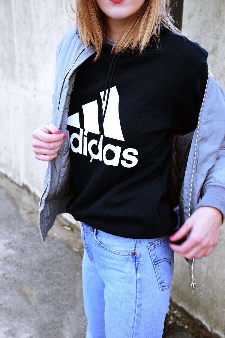 levis 501 vintage jeans, adidas stan smith, khaki bomber jacket, adidas hoodie
