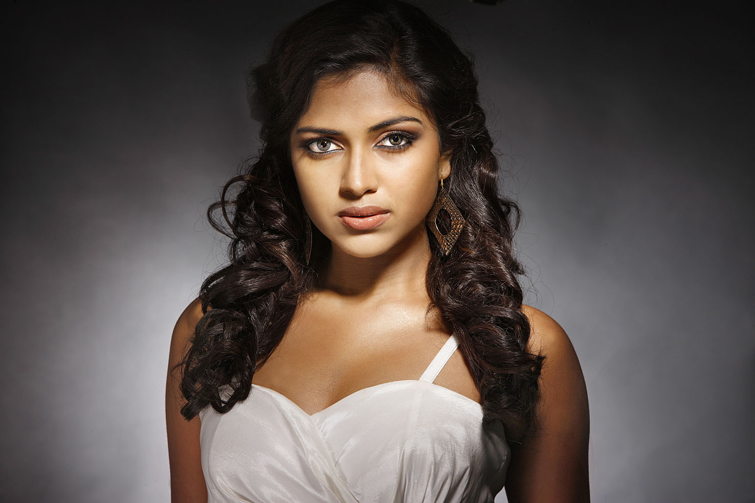Amala Paul New Stills E2h Entertainment