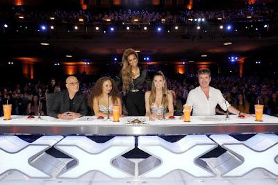 A décima terceira temporada da competição semanal busca o talento que levará o prêmio de um milhão de dólares - Divulgação