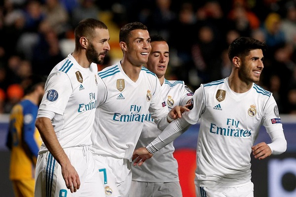 Real madrid thrash apoel 6 0 with ruthless cristiano ronaldo and real madrid have qualified for the champions league knockout phase as cristiano ronaldo and karim benzema scored brace in 6 0 demolition of apoel voltagebd Gallery