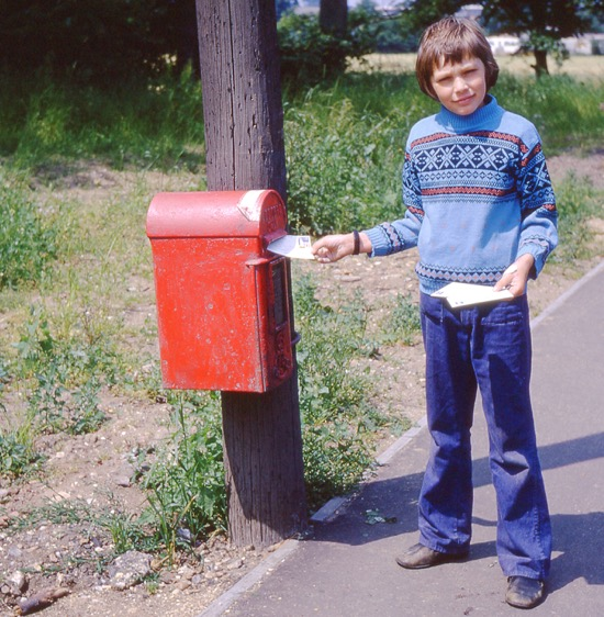 Photograph of posting letters to catch the last collection at the Rookery post box in 1972. Image from Ron Kingdon part of the Images of North Mymms Collection