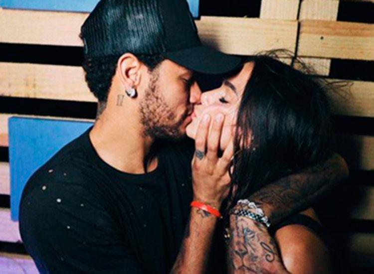 Bruna Marquezine e Neymar voltam a namorar