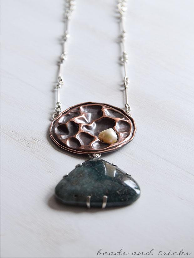Collana in rame e argento, diaspro e perla coltivata, foldforming