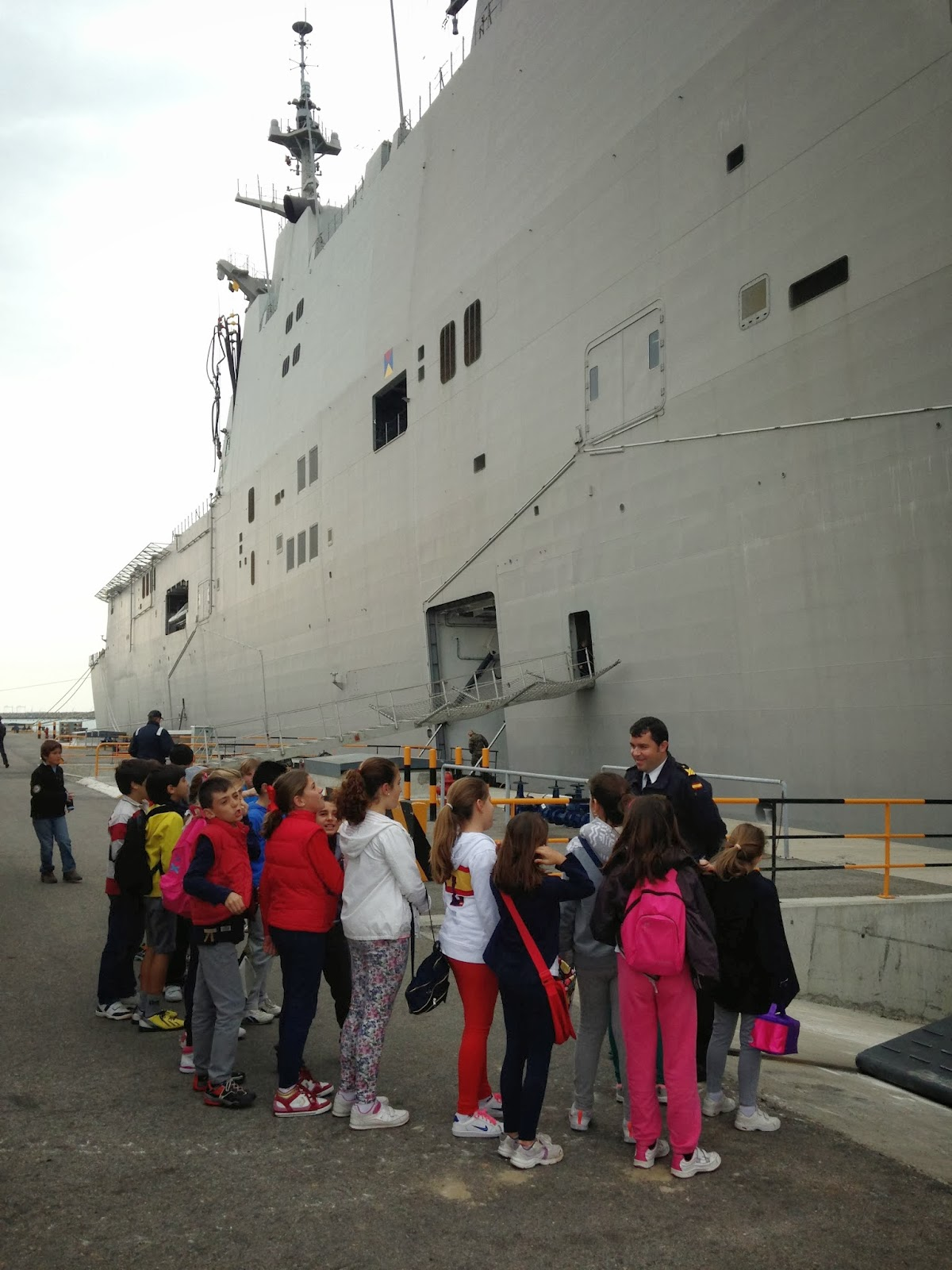 Amphibious Pelicula el blog de 3º y 4º: los alumnos de 4º visitan el buque juan