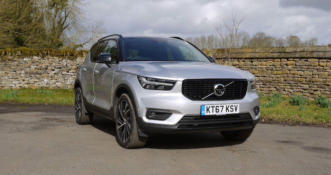 Volvo XC40 front view