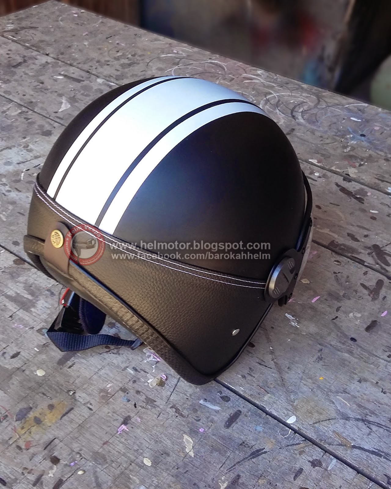 Helm Retro KZ Black Doff  Helm Vespa