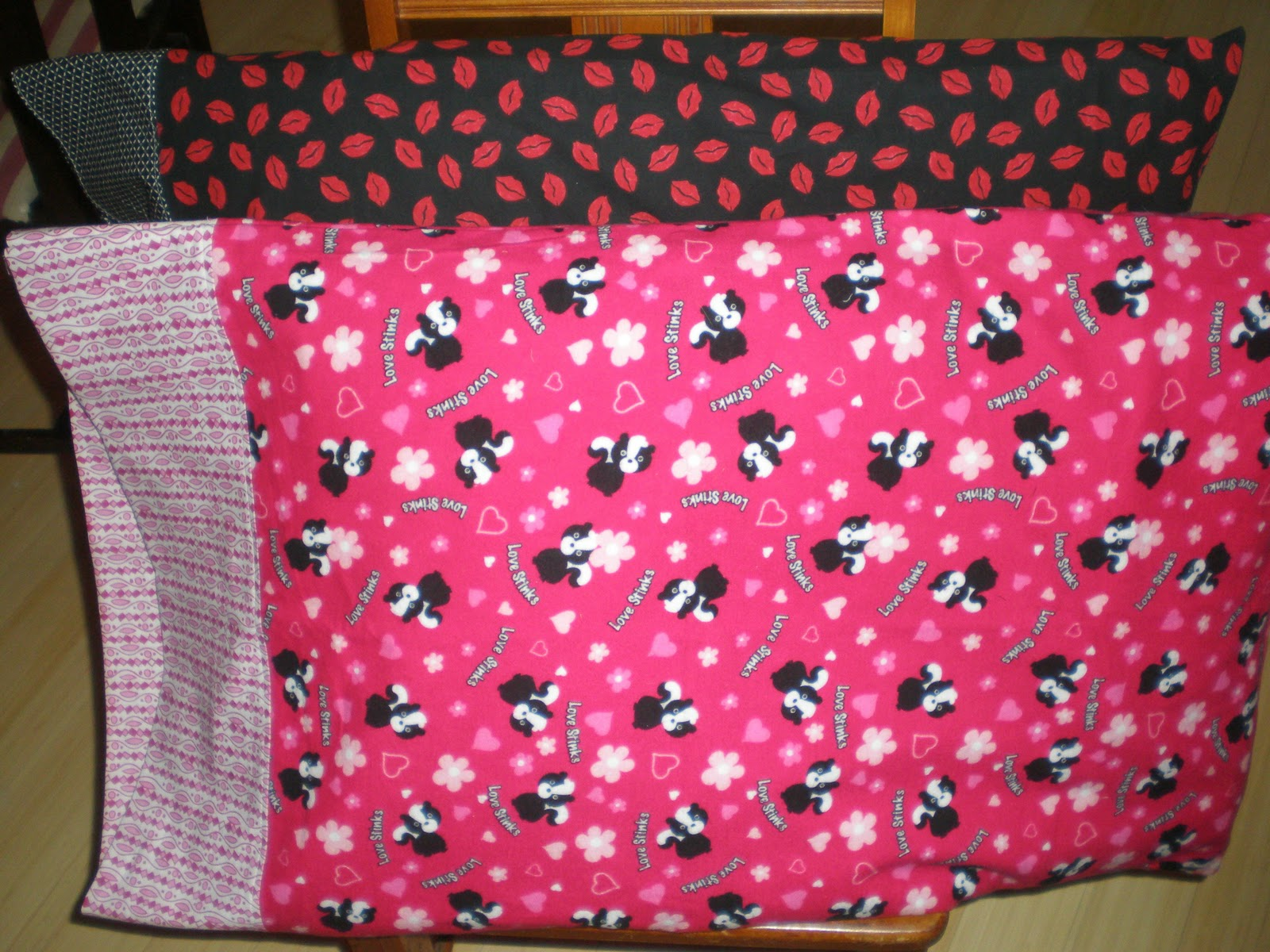 Frilly Lilly Easy Pillowcase Tutorial