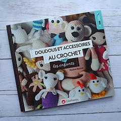 http://www.cousubynath.com/2019/05/doudous-et-accessoires-au-crochet-pour.html