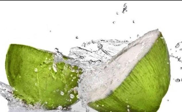 Sejuta Manfaat Air kelapa Untuk Kesehatan Dan Kecantikan
