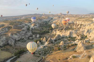 Pemandangan Indah Nan Unik Cappadocia