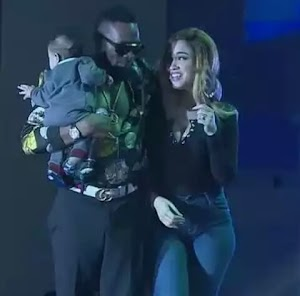 WOW! D'banj's son is cute!  Dbanj brought his son and wife on stage (photos)