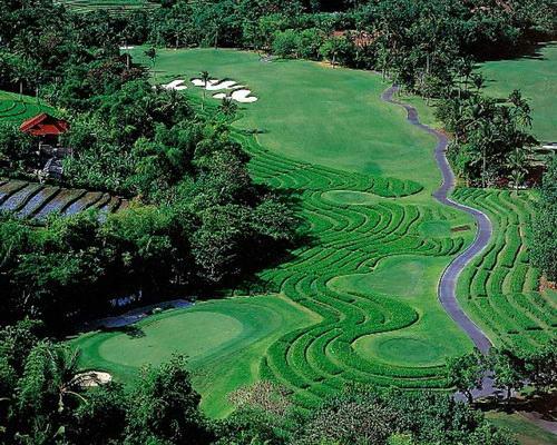 Tinuku.com Layout design Nirwana Bali Golf Club seascapes, Tanah Lot temple and terraced rice fields