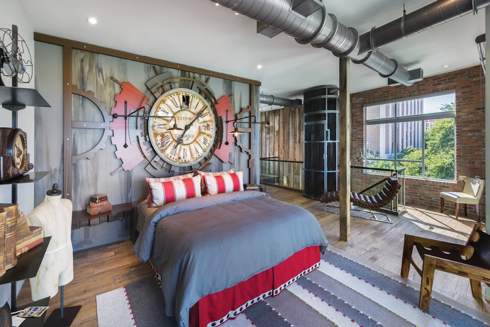 time-machine-style-red-and-blue-industrial-style-bedroom-furniture