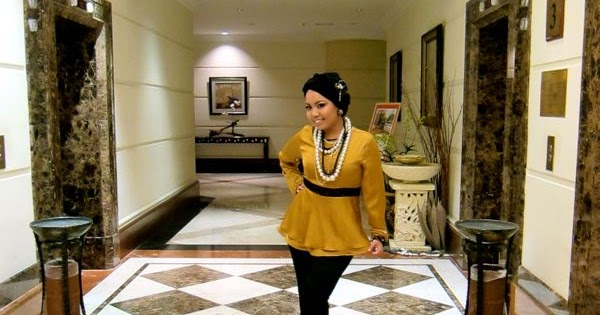 Shazwani Hamid S Blog Gold Mustard Is The Color Of Elegance