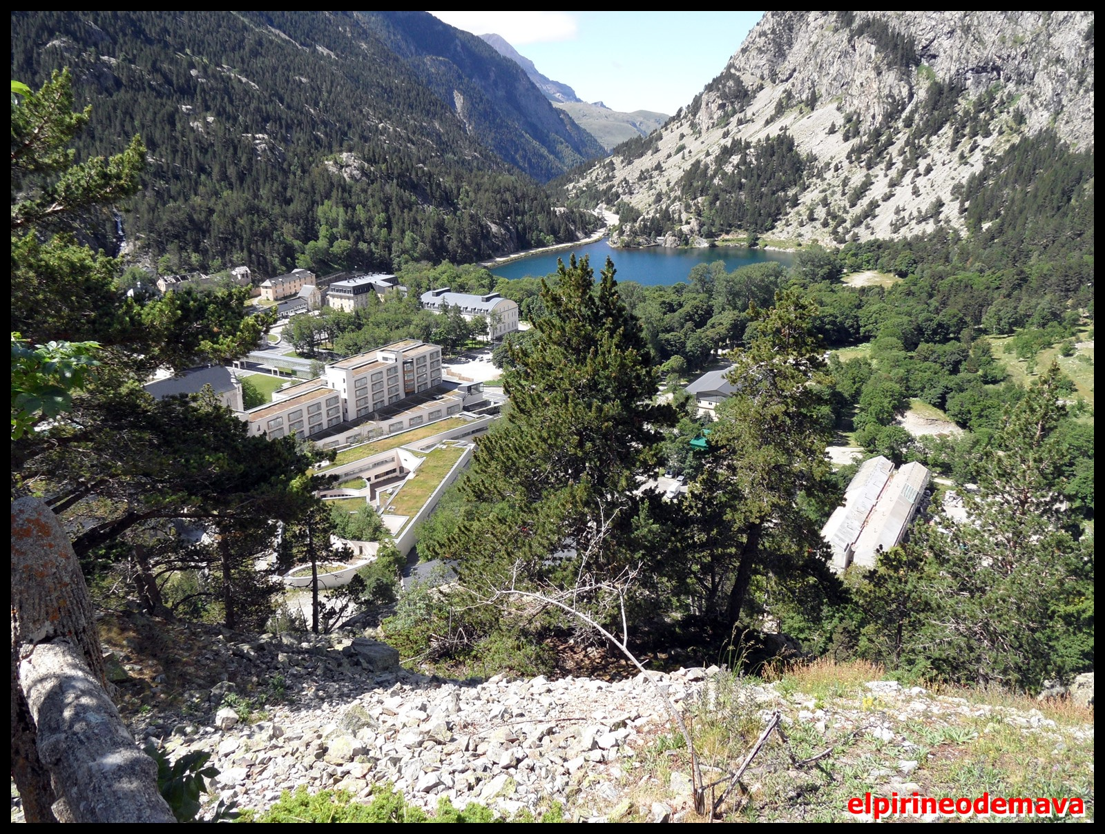 El pirineo de mava miradores del balneario de panticosa for Mirador del pirineo