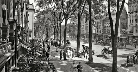Saratoga Springs, New York, Summer 1915 Photo from Shorpy.com