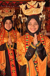 baju tradisi bajau samah, bajau samah, perempuan bajau, gadis bajau, dendo bajau samah. pbss, usbo, sabah, malayisa