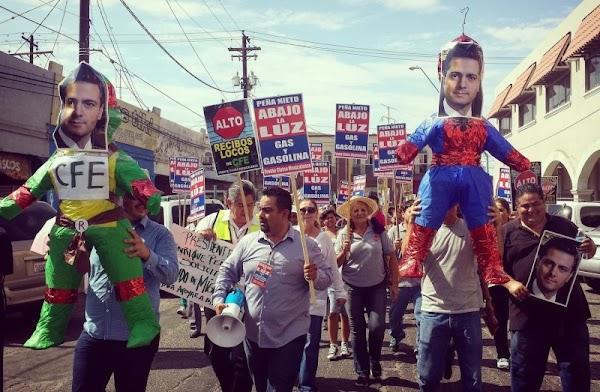 Protestan contra Peña Nieto en Mexicali