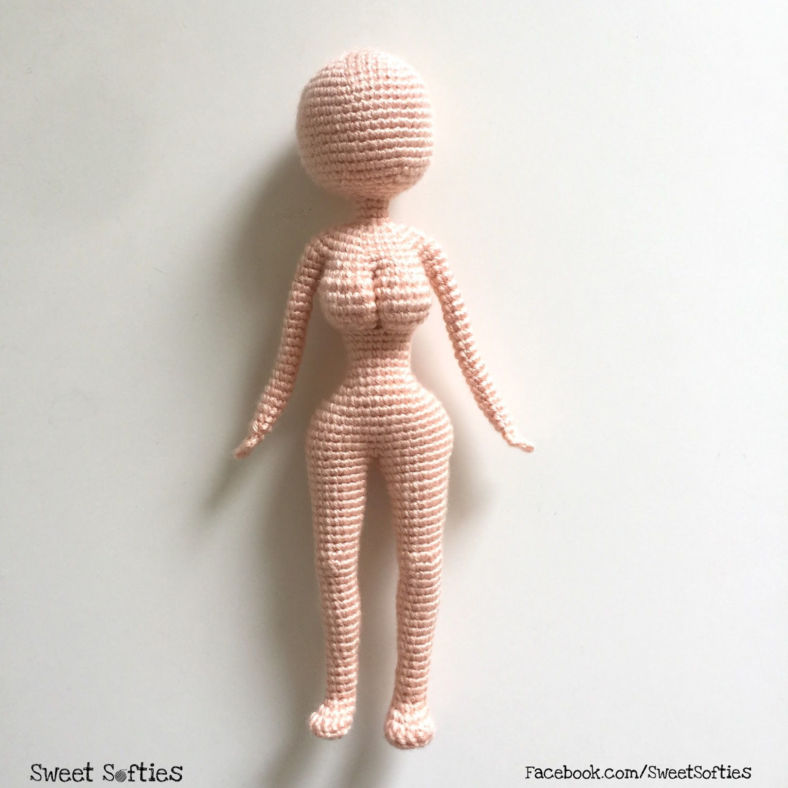 Ravelry: One Piece Doll Head to Feet pattern by Fernanda Candeo | 1600x1600
