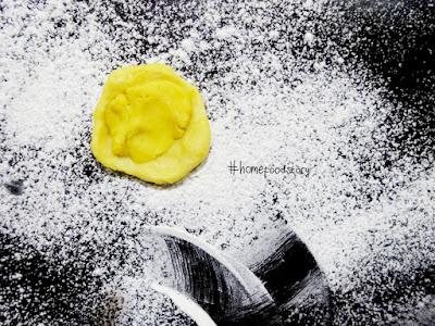 Banana Bollen || homefoodstory.blogspot.com