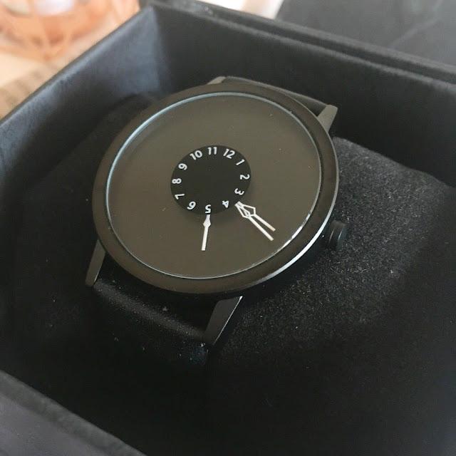 GiftsOnline4U Mens Personalised Wrist Watch
