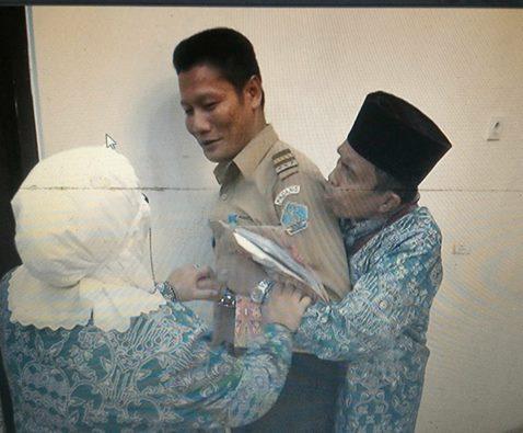 Benar-Benar Sedih, Menabung 7 Tahun Untuk Berangkat Haji. Pak Ramli Gagal Karena Alasan ini