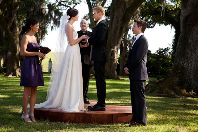 'LOVE, WEDDING, MARRIAGE' (2011): A MANDY MOORE ROMANCE. A review of the Indie rom-com with Moore, Kellan Lutz and Jane Seymour. Text © Rissi JC