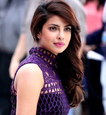 priyanka chopra, miss world, former miss world, miss world 2000, bachpan me kaali kalooti, ugly face actress, ugly became beautiful, badsurat abhinetri, sabse badsurat abhinetri, sabse khoobsurat abhinetri, most beautiful actress,
