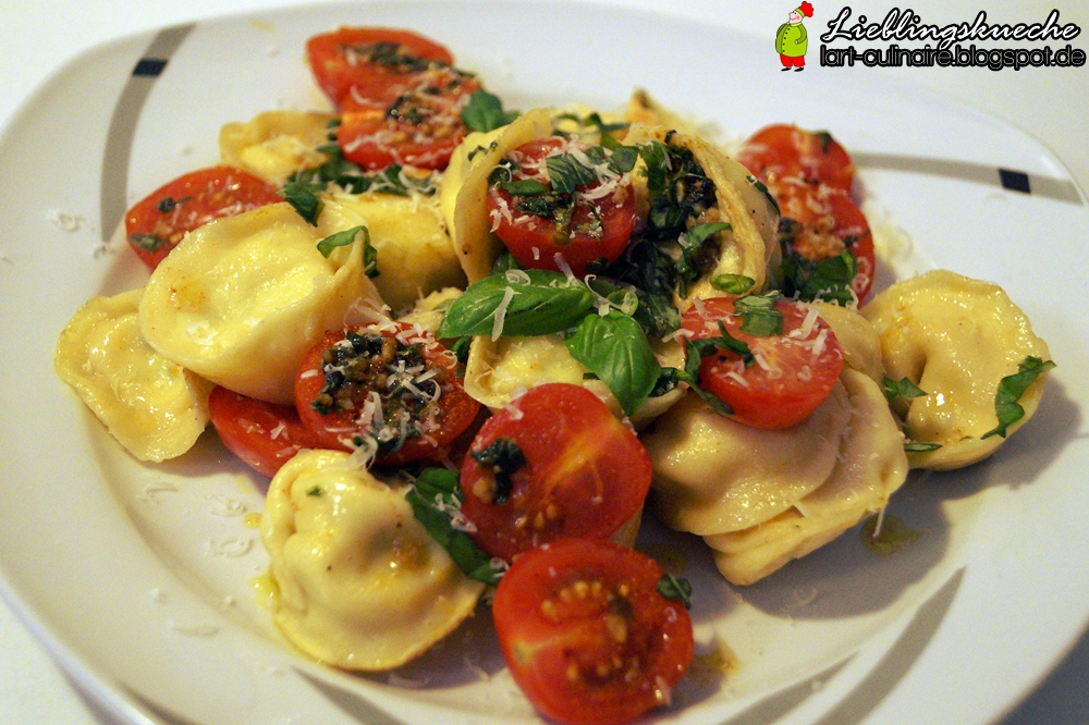 Tortellini mit Zucchini-Ricotta-Füllung