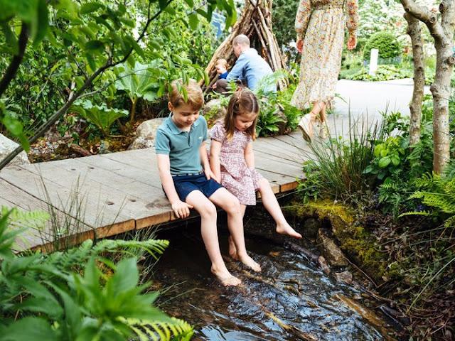 Rodzina z Cambridge w Back to Nature Garden!