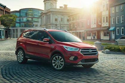 Ford Edge vs Escape 2017 Car