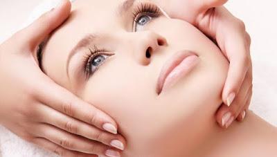 Cara Pijat Wajah Relaksasi Facial di Rumah Cantik Alami