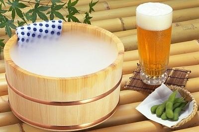 Cách làm trắng da mặt với bia