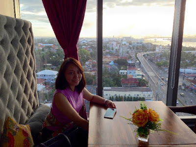 June Rhoses Fernandez, Scape Skydeck, Azon Residences, Jervi Monsanto-Sumayang, Kalami Cebu, Cebu Food Blog, Restaurants in Mactan, Romantic Restaurants in Cebu