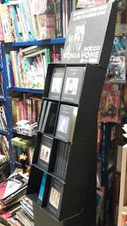 La Libreria Imprevisti e Probabilità promuove Manzini, Sellerio