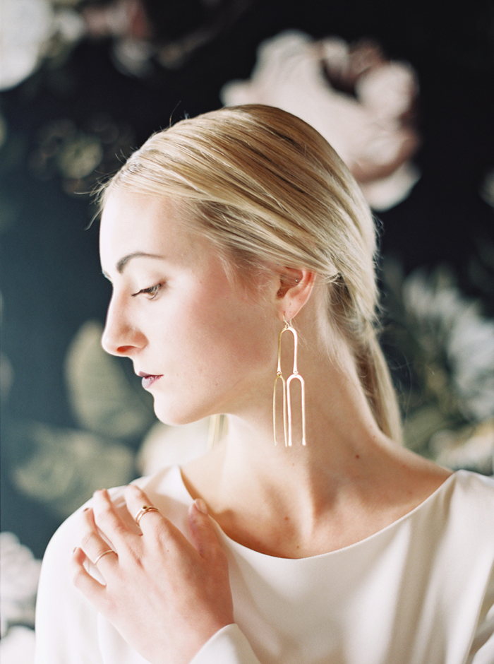 earrings, trendy jewelry, trendy earrings, statement earrings, stud earrings, baublebar, baublebar earrings, baublebar rings, baublebar jewelry, gold earrings, tassel earrings, hoop earrings, a style caddy, current wish list