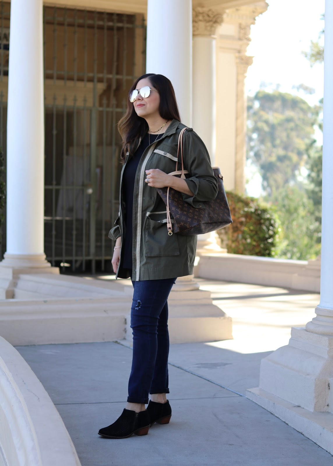 Comfy and Cute Outfit, how to wear low top booties, how to wear a utility jacket