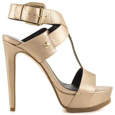como combinar mis zapatos dorados