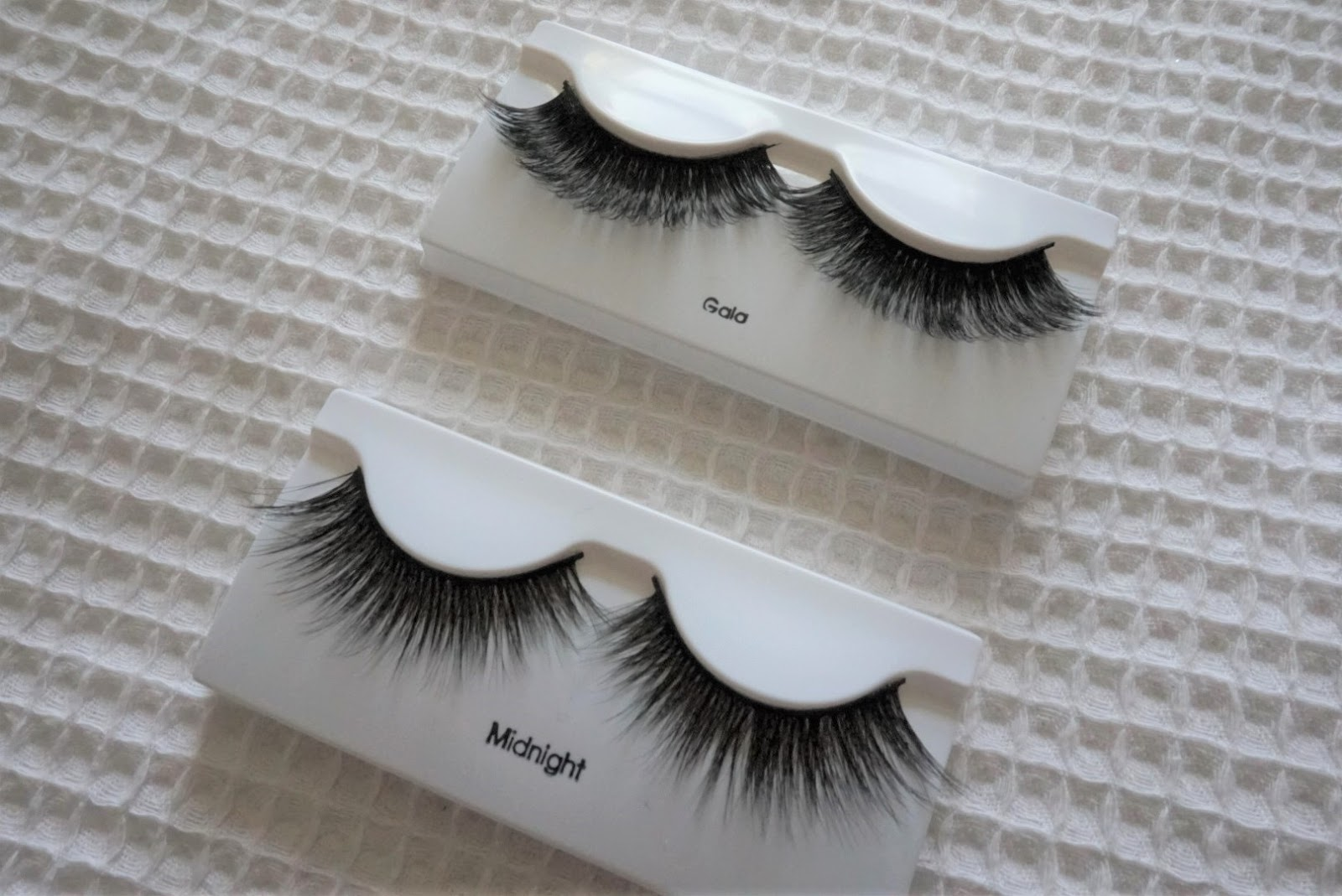 79790f14269 I was sent Gala & Midnight alongside their lash glue to review. Gala are  very dramatic with a lot of volume and curl, whereas Midnight are more  feathery and ...