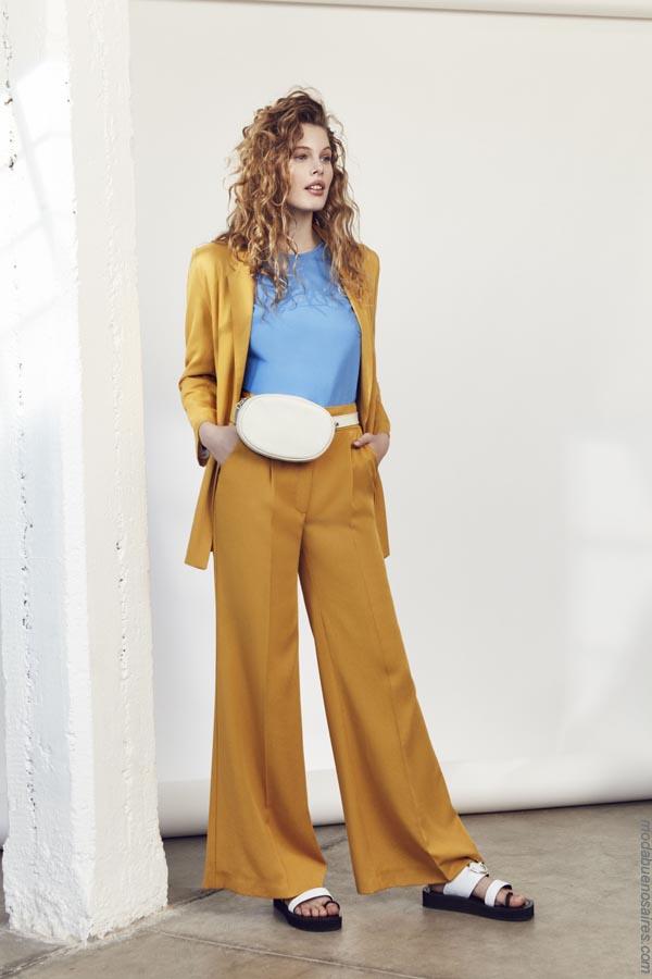 Trajes de moda mujer primavera verano 2019. Moda trajes de mujer 2019.