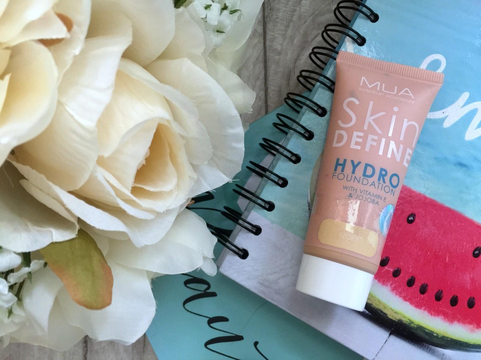 mua skin define hydro foundation