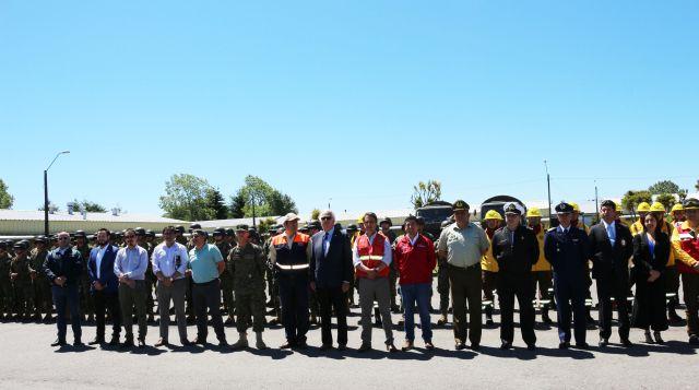 Intendente Jürgensen presentó a las brigadas forestales del Ejército de Chile