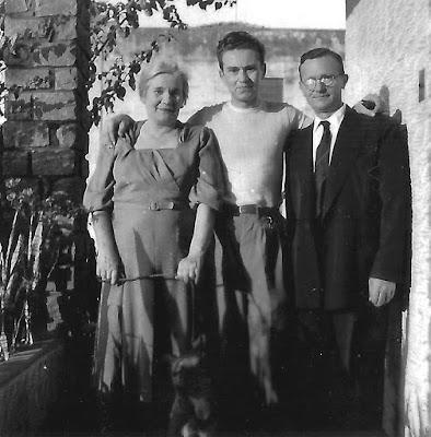 pais 1009x1024 - O brasileiro que foi comprar pão e acabou no exército de Hitler