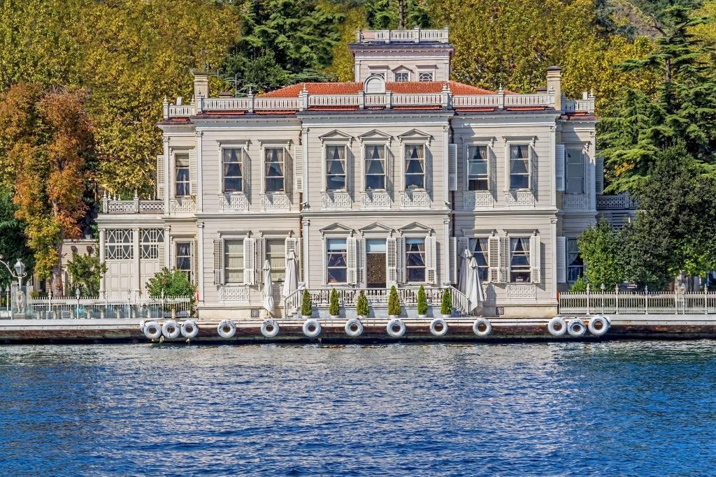Mansion Sait Halim Paşa Yalısı
