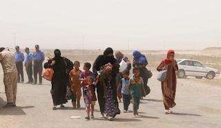 ISIS Captures Up To 3,000 Fleeing Iraqis, Executes 12